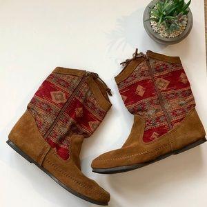 Minnetonka Shoes - Minnetonka | boho | size 11